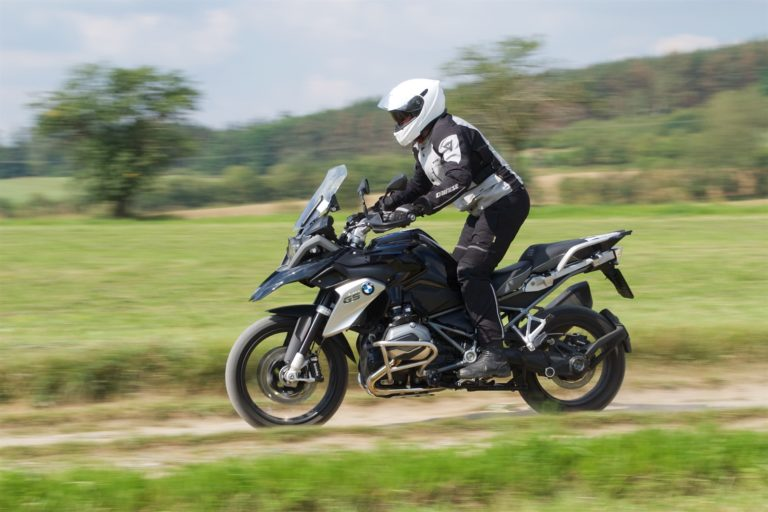 BMW R 1200 GS Triple Black 11