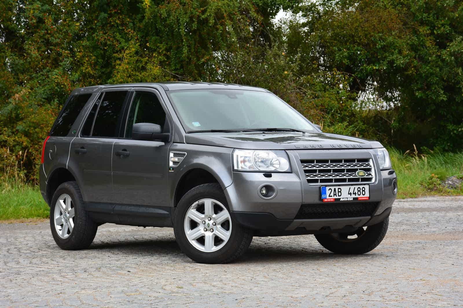 test ojetiny land rover freelander ii se ter nu neboj. Black Bedroom Furniture Sets. Home Design Ideas