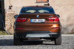 BMW X4 vs Mercedes GLC Coupé-0323