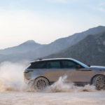 RR_Velar_18MY_369_GLHD_PR_Location_Dynamic_010317
