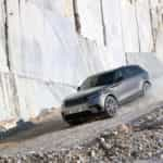 RR_Velar_18MY_377_GLHD_PR_Location_Dynamic_010317
