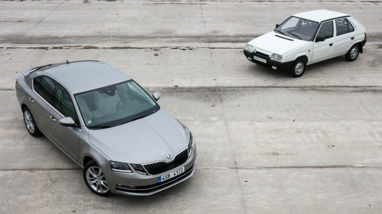 Skoda Octavia vs Favorit