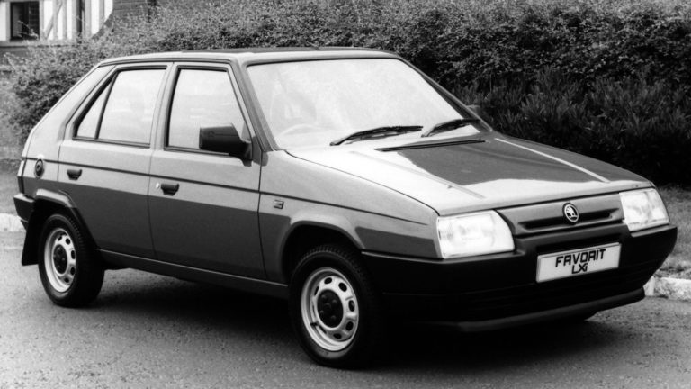 Skoda Favorit (1)