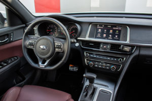 Kia Optima GT Sportwagon_-34