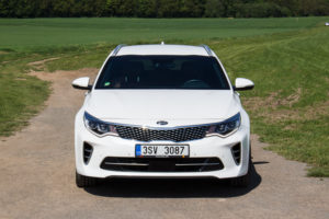 Kia Optima GT Sportwagon_-5