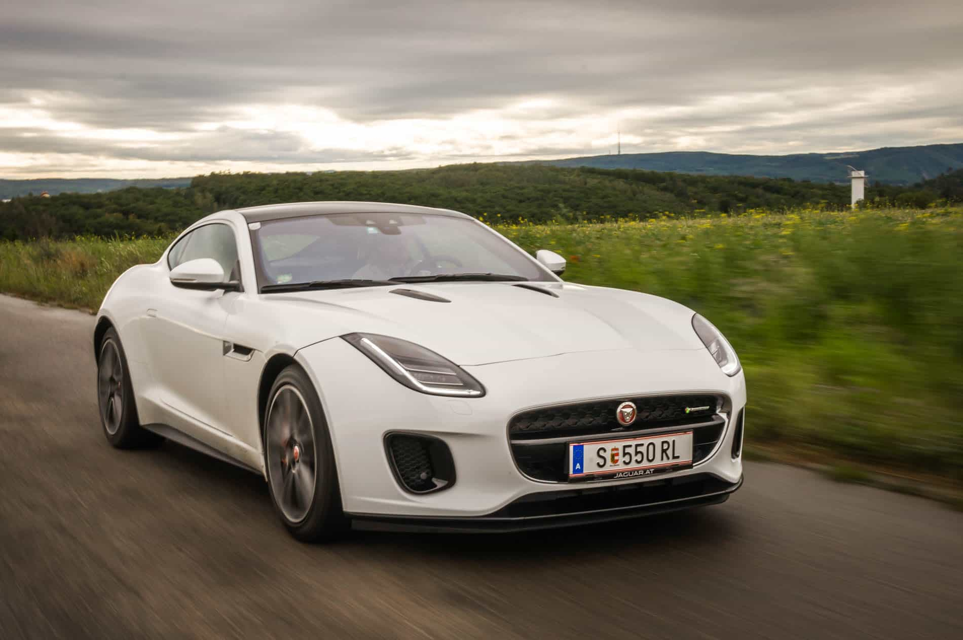 Jaguar F-Type 20-46