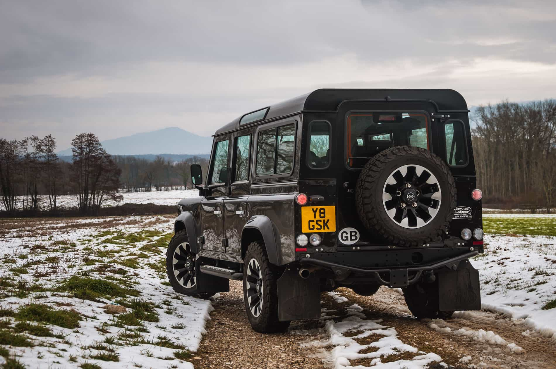 Land Rover Defender V8-5