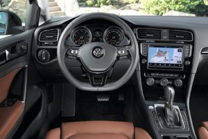 Volkswagen-Golf-2013-1600-34