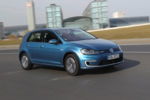 Volkswagen-e-Golf-2015-1600-15