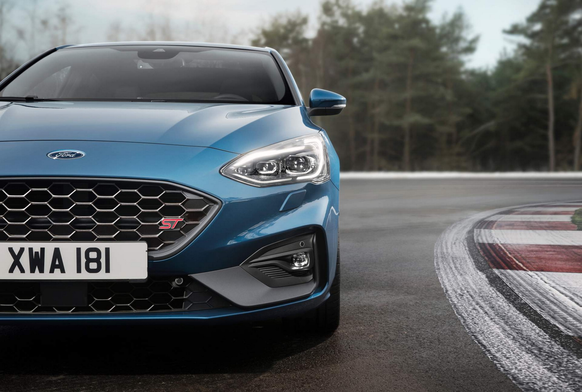 Ford Focus ST_12