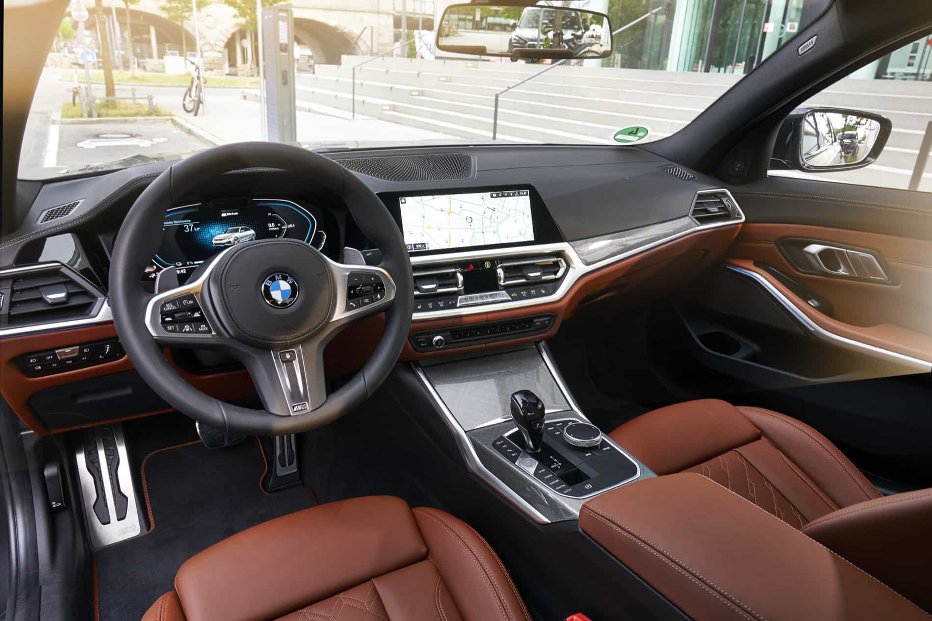 BMW_3_Series_Plug-in_Hybrid-071