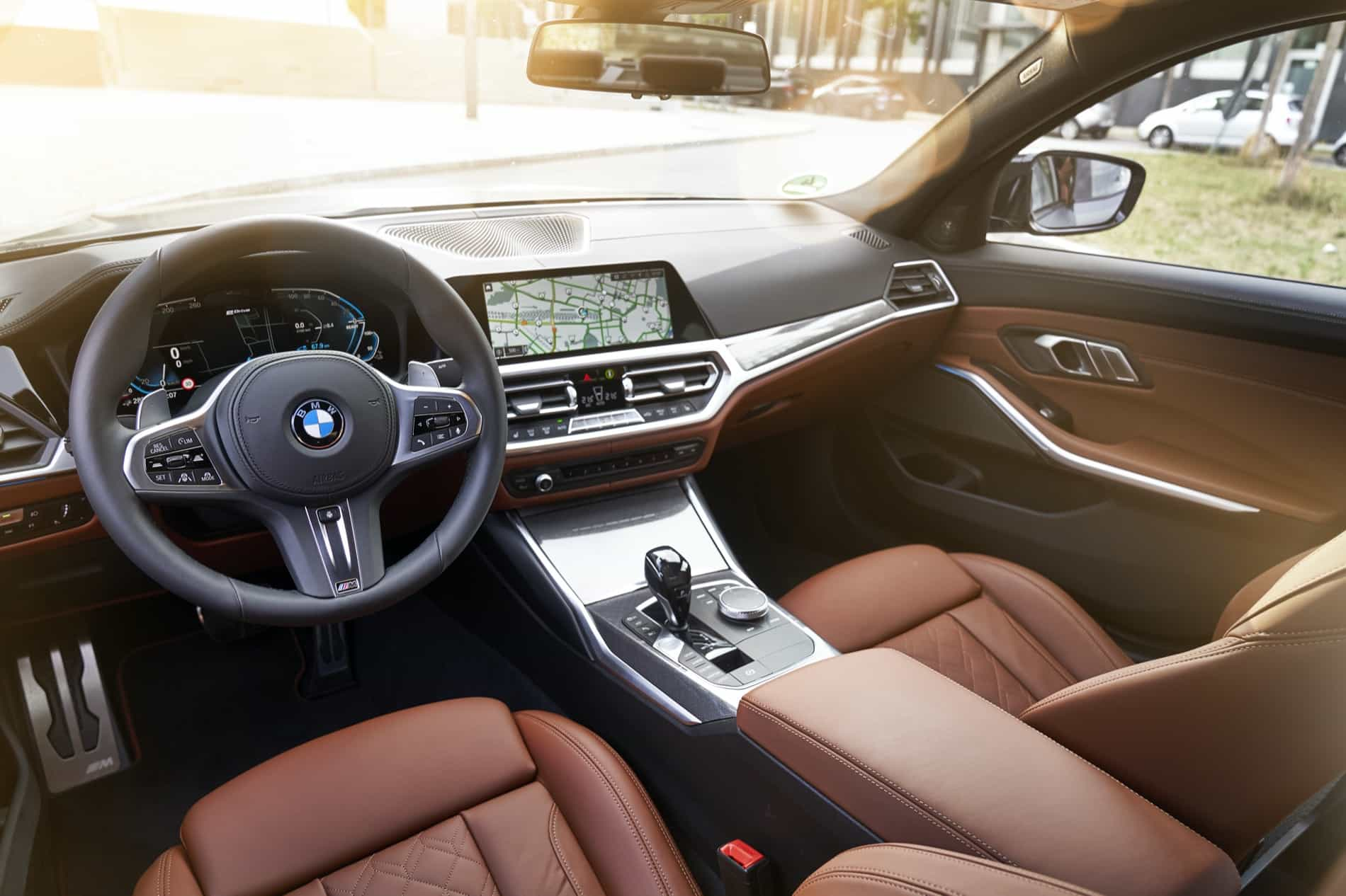 BMW_3_Series_Plug-in_Hybrid-080
