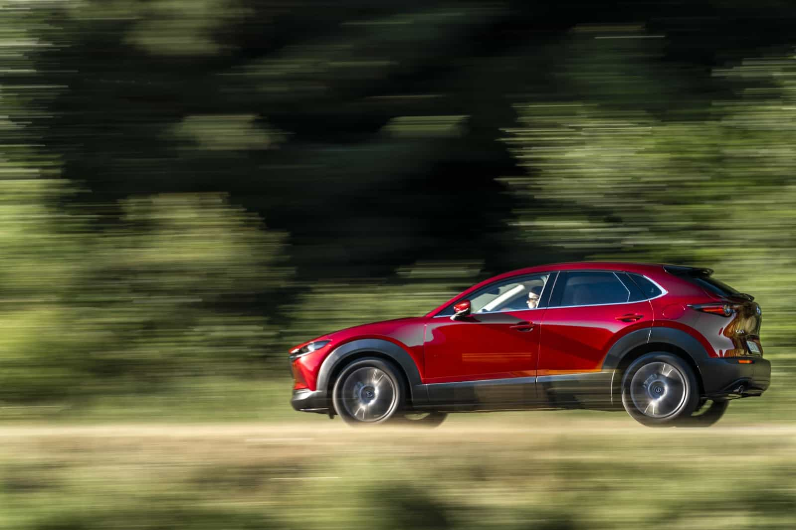 Mazda CX-30_Action_Soul Red Crystal_15
