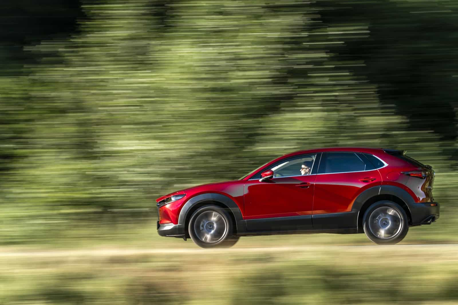 Mazda CX-30_Action_Soul Red Crystal_16