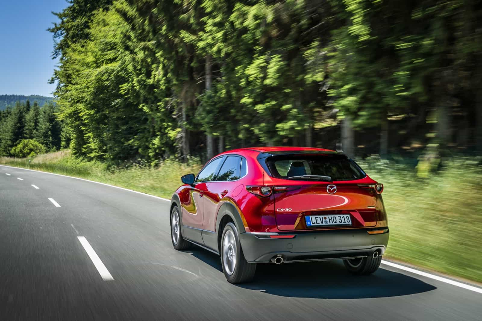 Mazda CX-30_Action_Soul Red Crystal_31