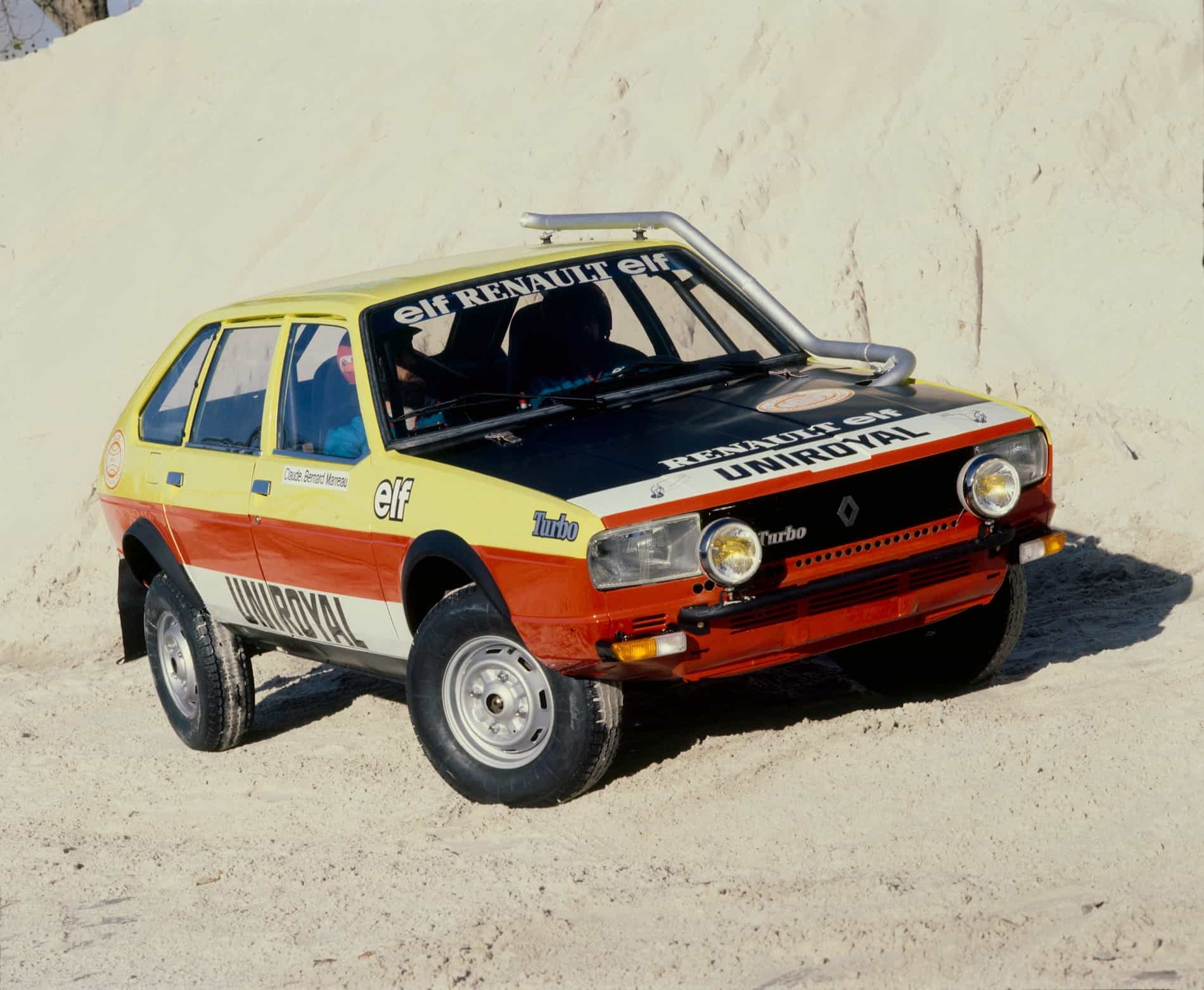 Renault_20_Turbo_4X4_Paris-Dakar (2)