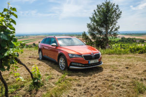 Skoda Superb Facelift (2 of 51)