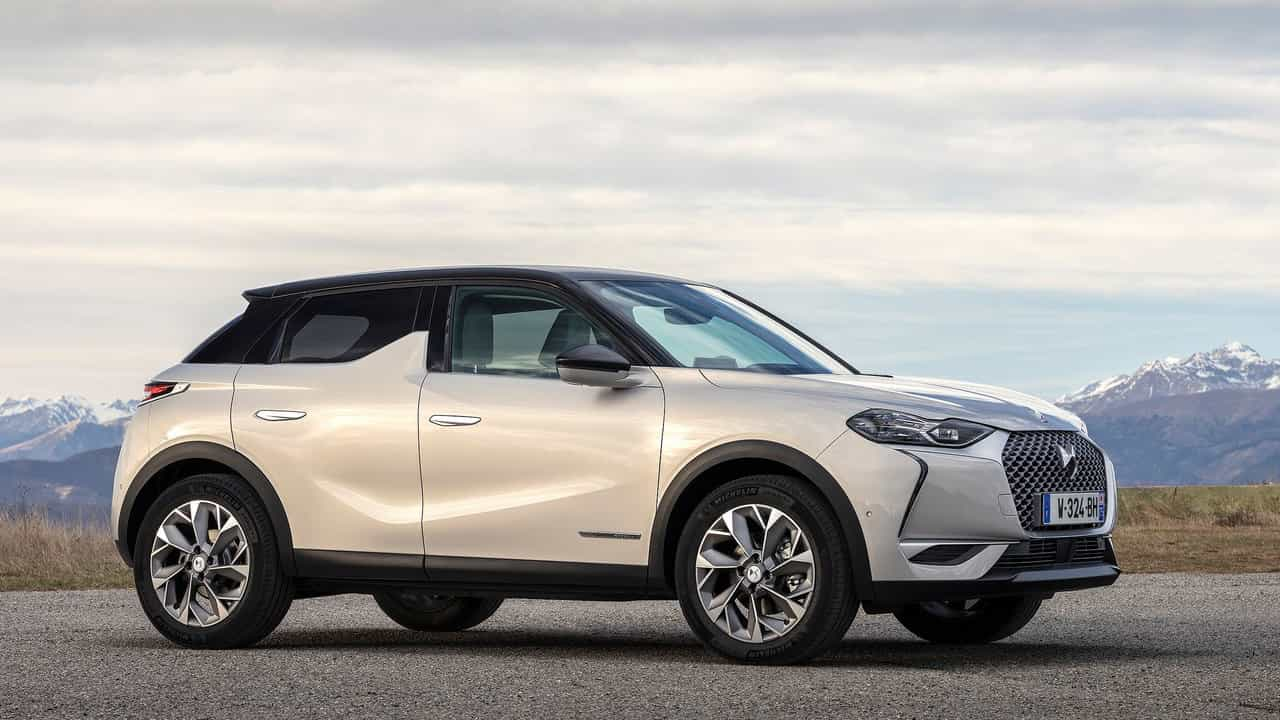 DS-3_Crossback_E-Tense-2020-1280-03