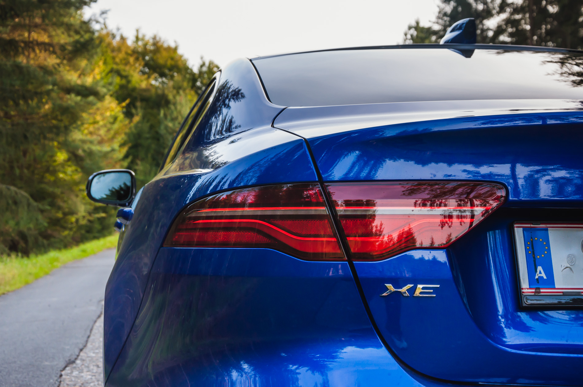 Jaguar XE P300 AWD (5 of 24)