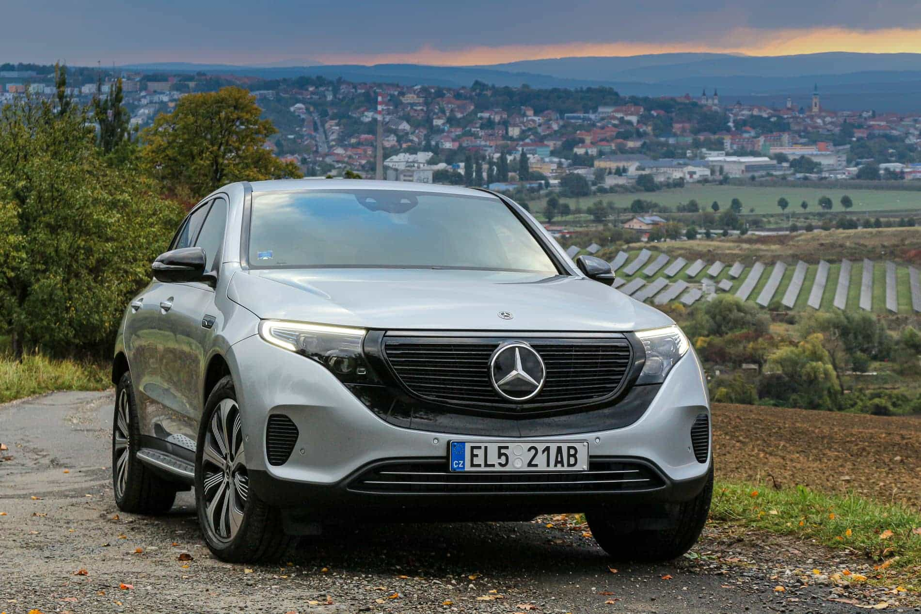 Mercedes-Benz EQC 400 4Matic 8