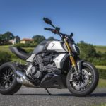 aDMB2019_FXDR114vs.Diavel1260S-9088