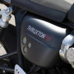 Thruxton-RS—Side-panel