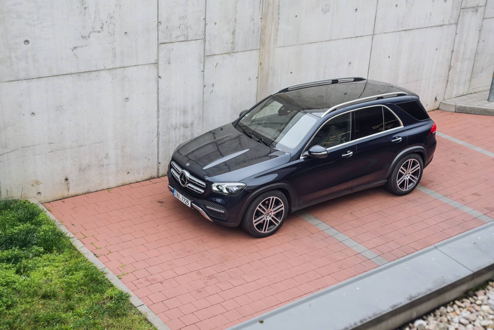 Mercedes-Benz GLE 400 d 00041