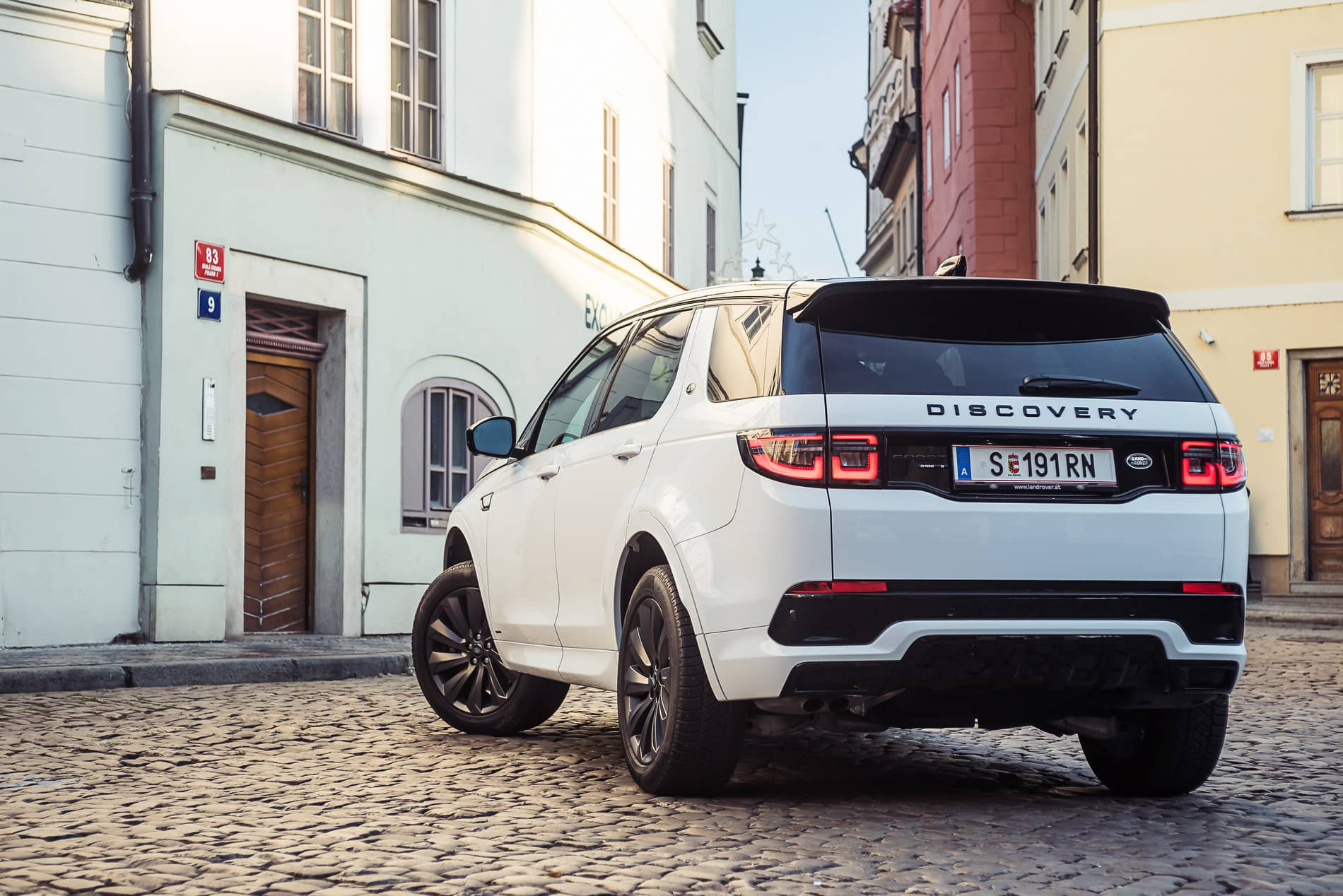 land rover discovery 2020 (2)
