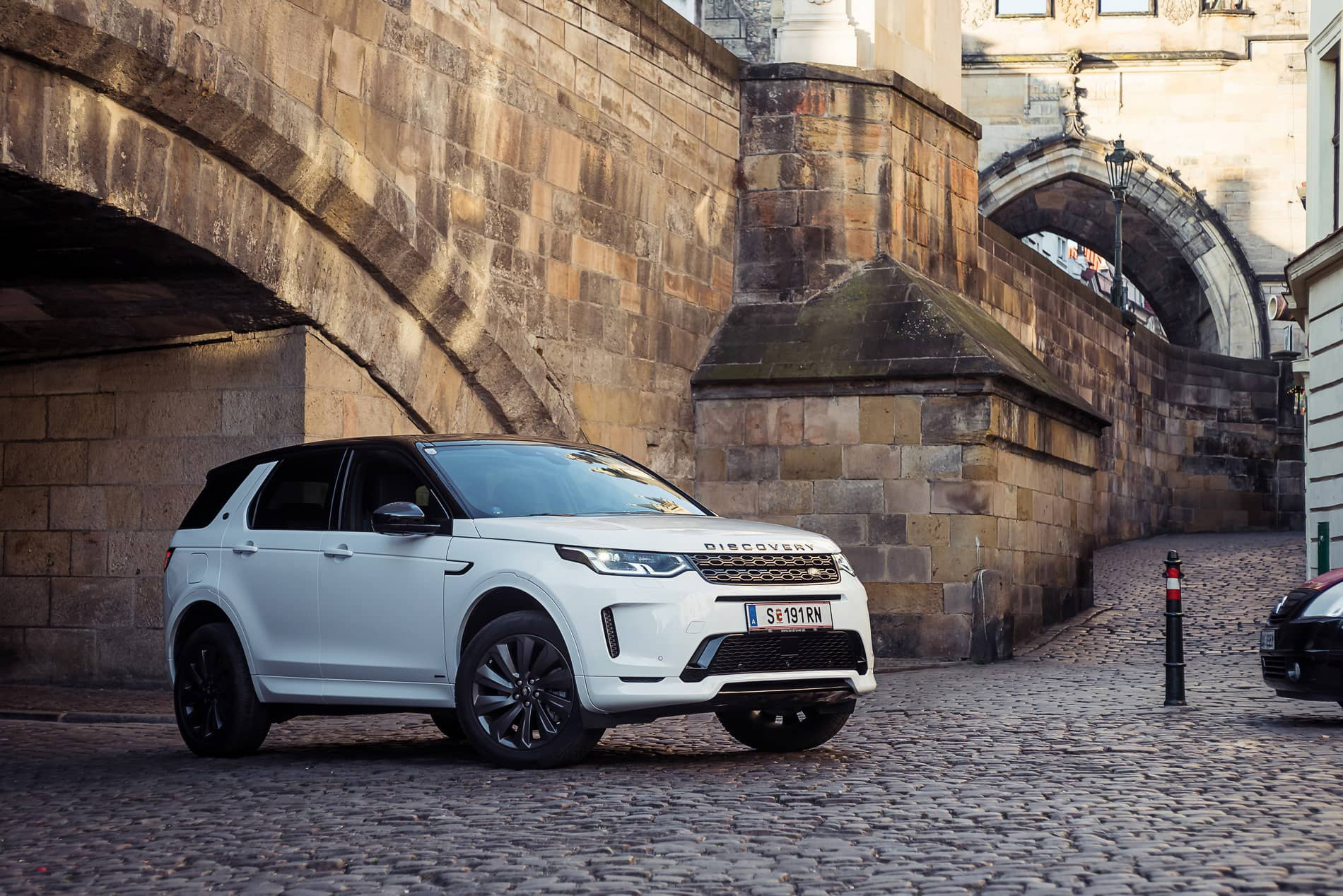 land rover discovery 2020 (4)