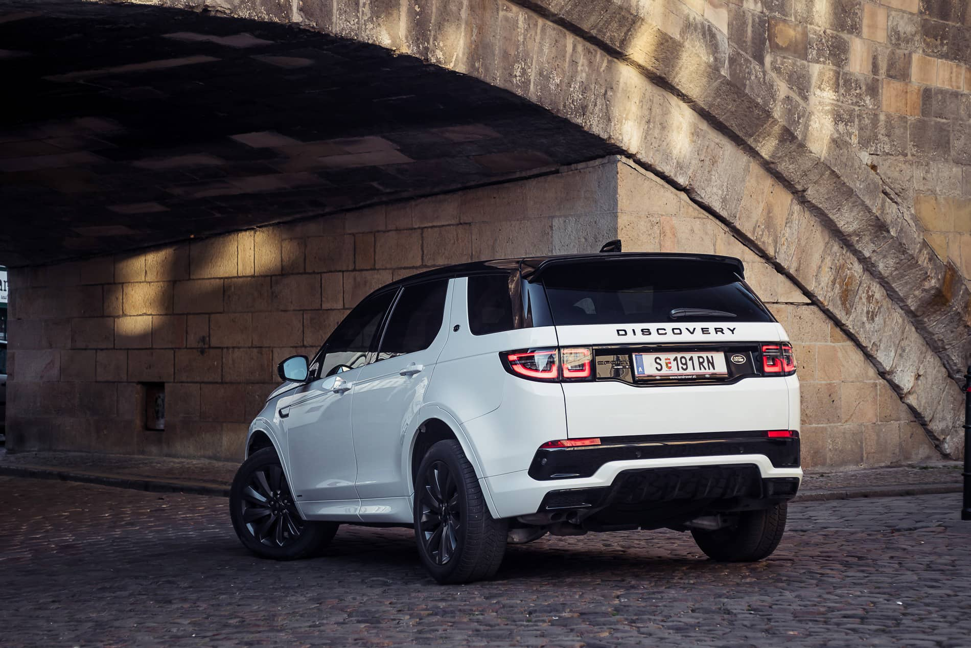 land rover discovery 2020 (5)