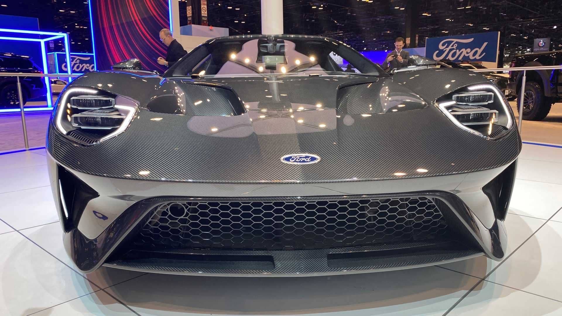 2020-ford-gt-liquid-carbon-editiono