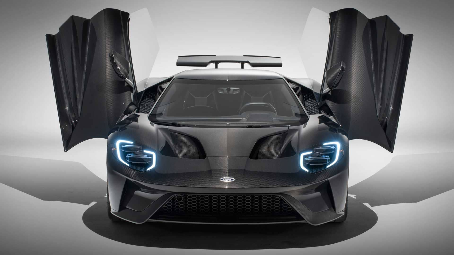 2020-ford-liquid-carbon-editionf