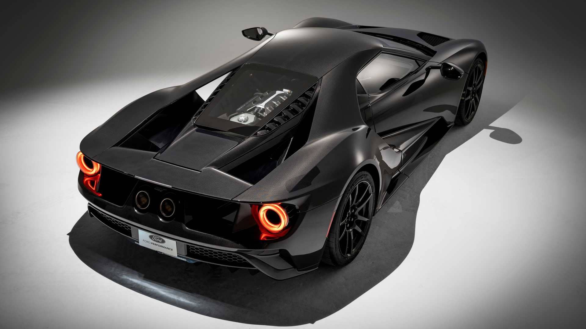 2020-ford-liquid-carbon-editionl