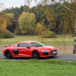 Duel Audi R8 V10 Plus vs Jaguar F-Type SVR -82