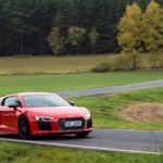 Duel Audi R8 V10 Plus vs Jaguar F-Type SVR -84