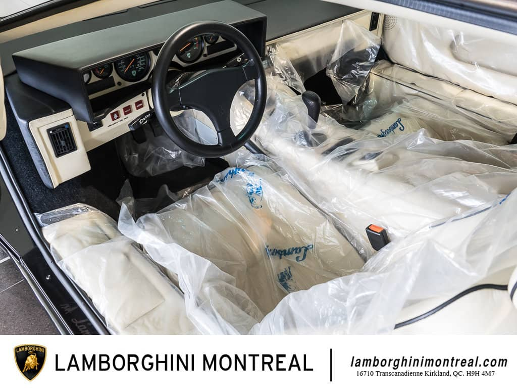 Lamborghini-Countach-For-Sale-10