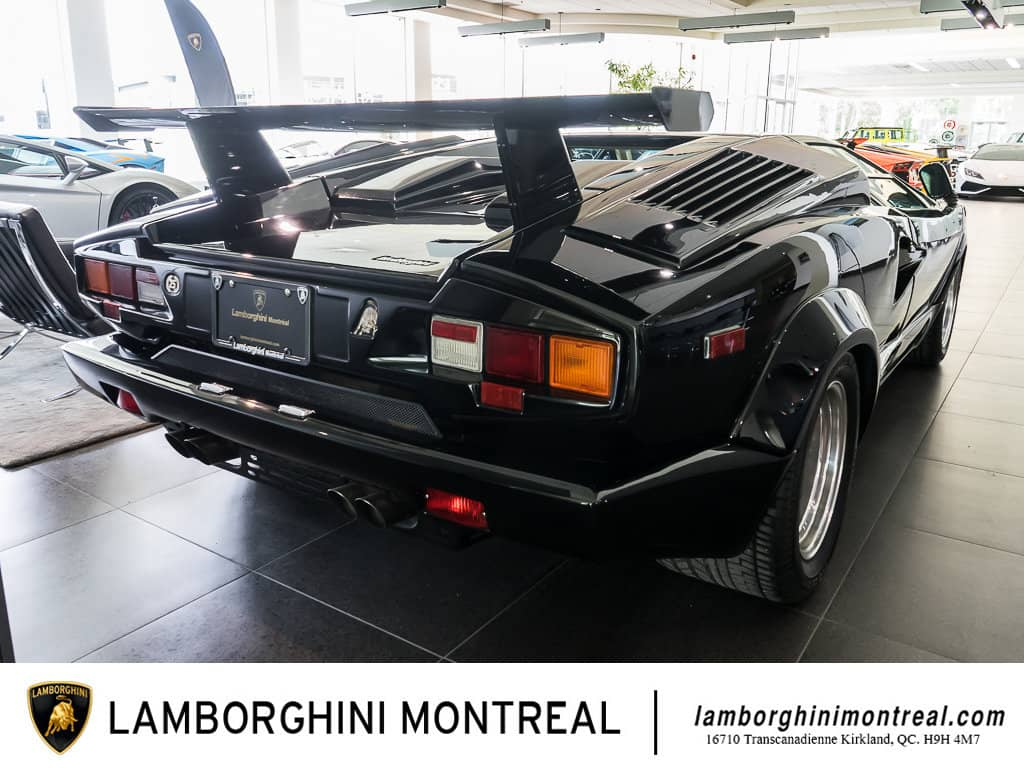 Lamborghini-Countach-For-Sale-6