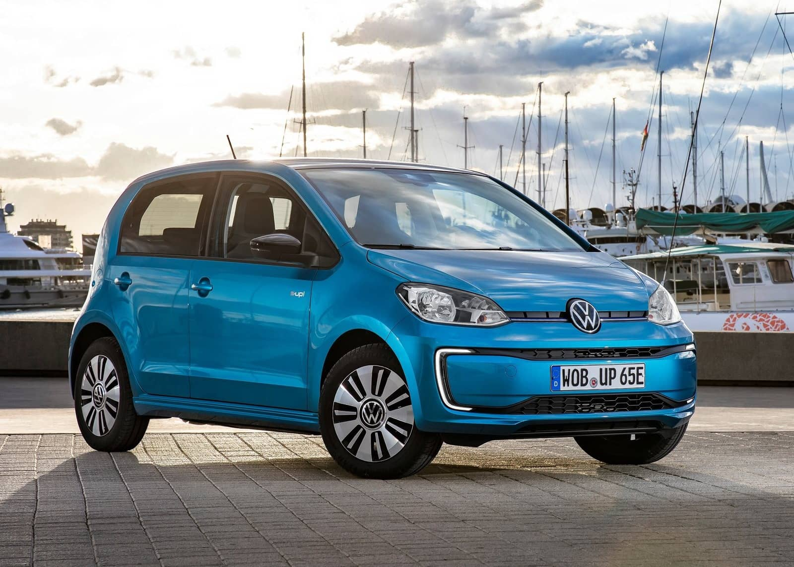Volkswagen-e-Up-2020-1600-05