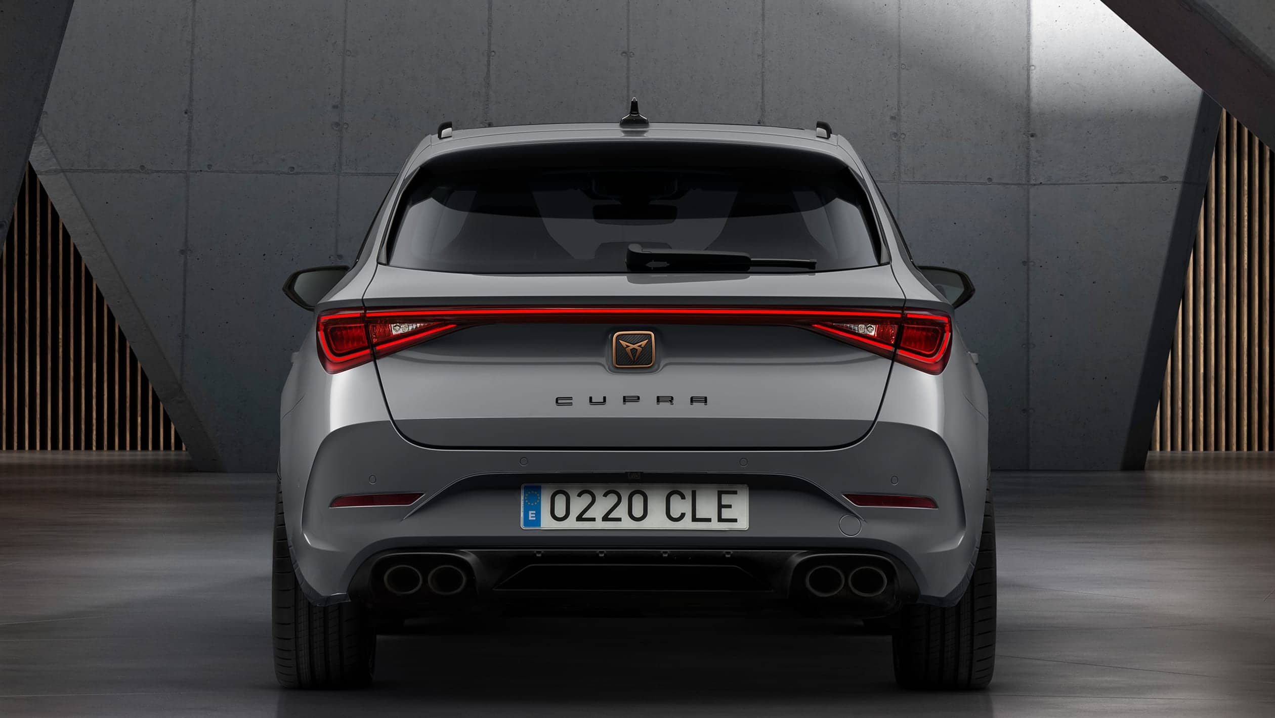 cupra_sp_100_rear