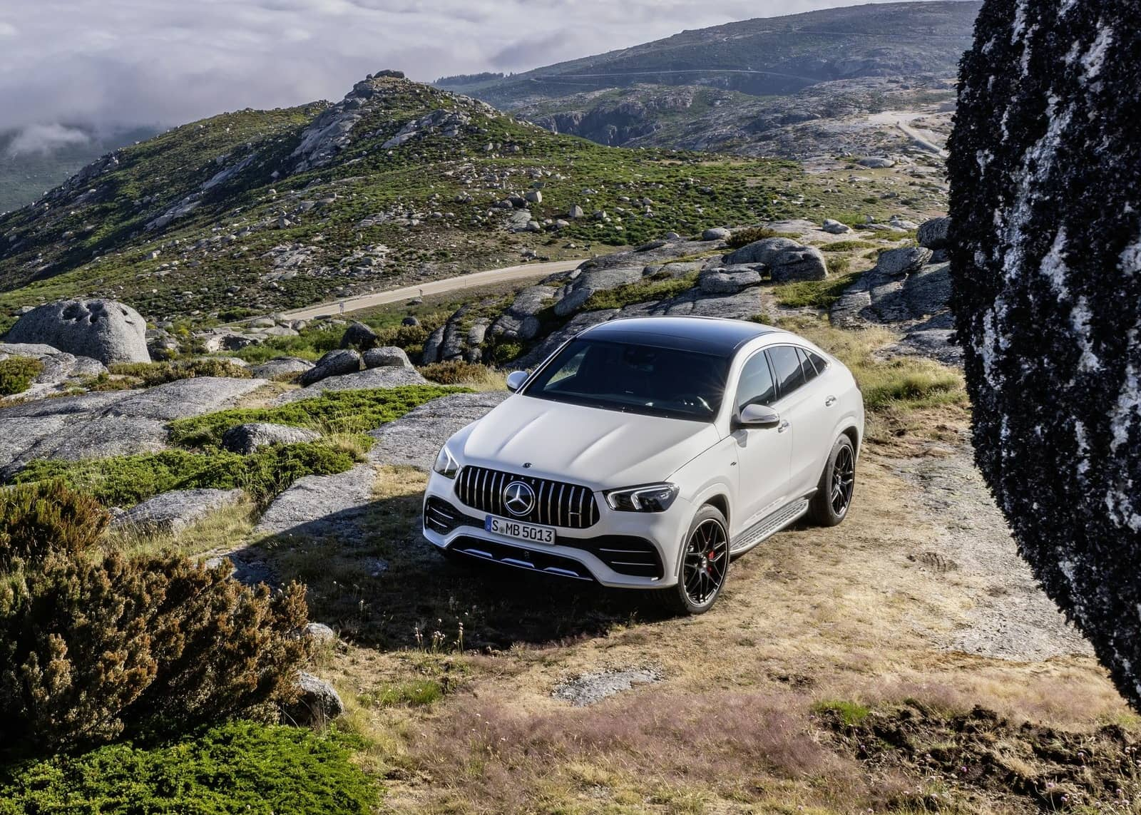 Mercedes-Benz-GLE53_AMG_4Matic_Coupe-2020-1600-03