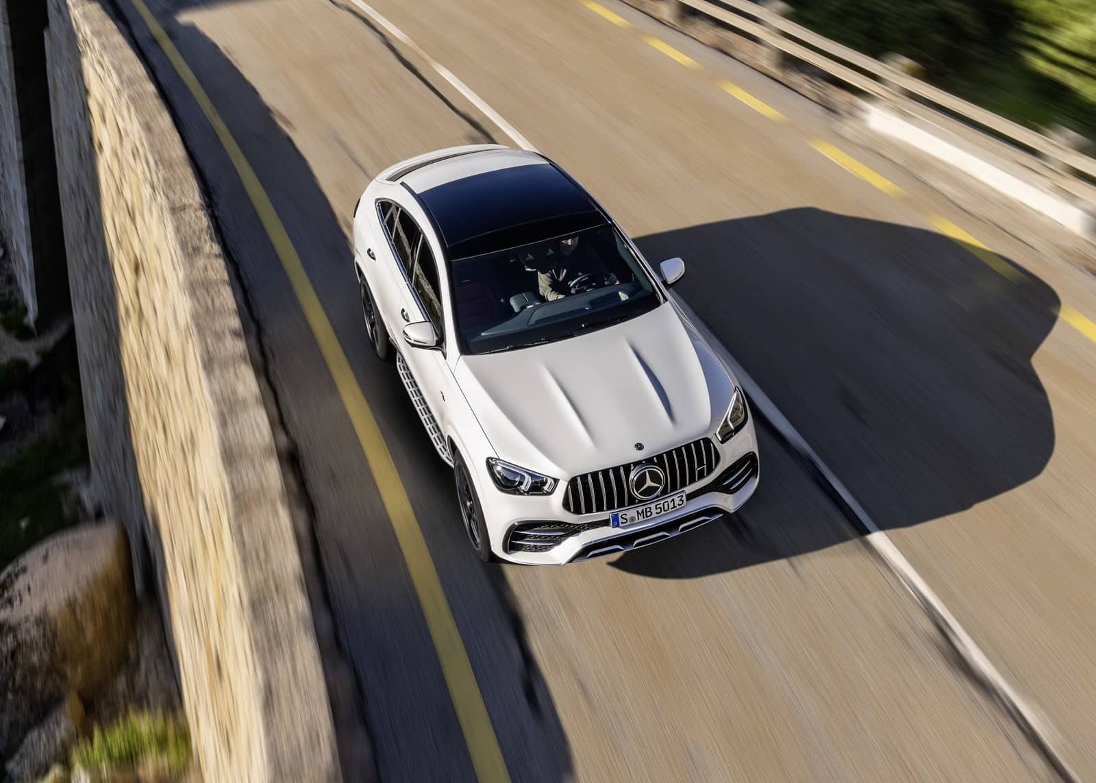 Mercedes-Benz-GLE53_AMG_4Matic_Coupe-2020-1600-10