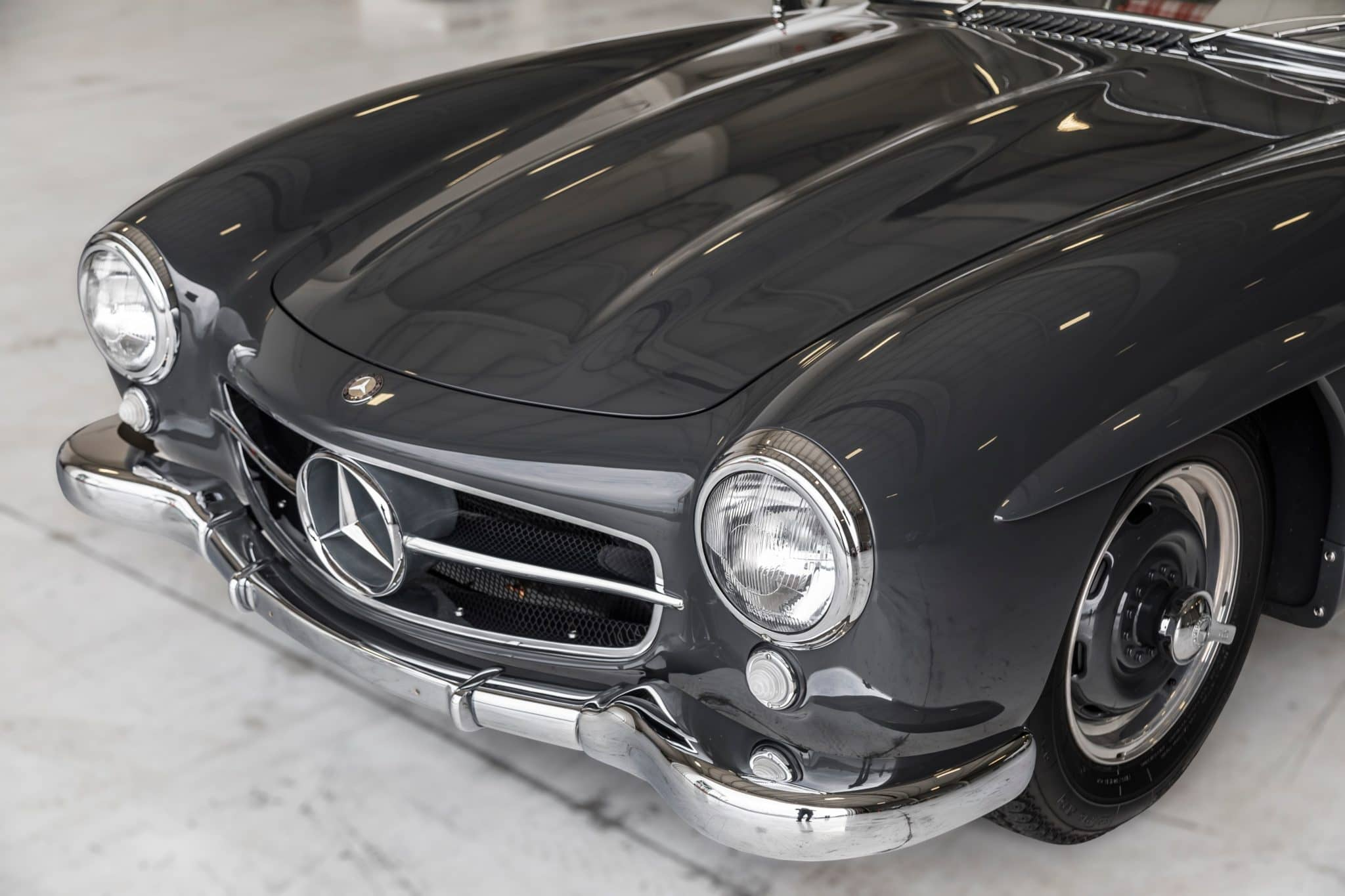 1955_mercedes-benz_300sl_gullwing_158872044167755ef4730R0A8796-scaled