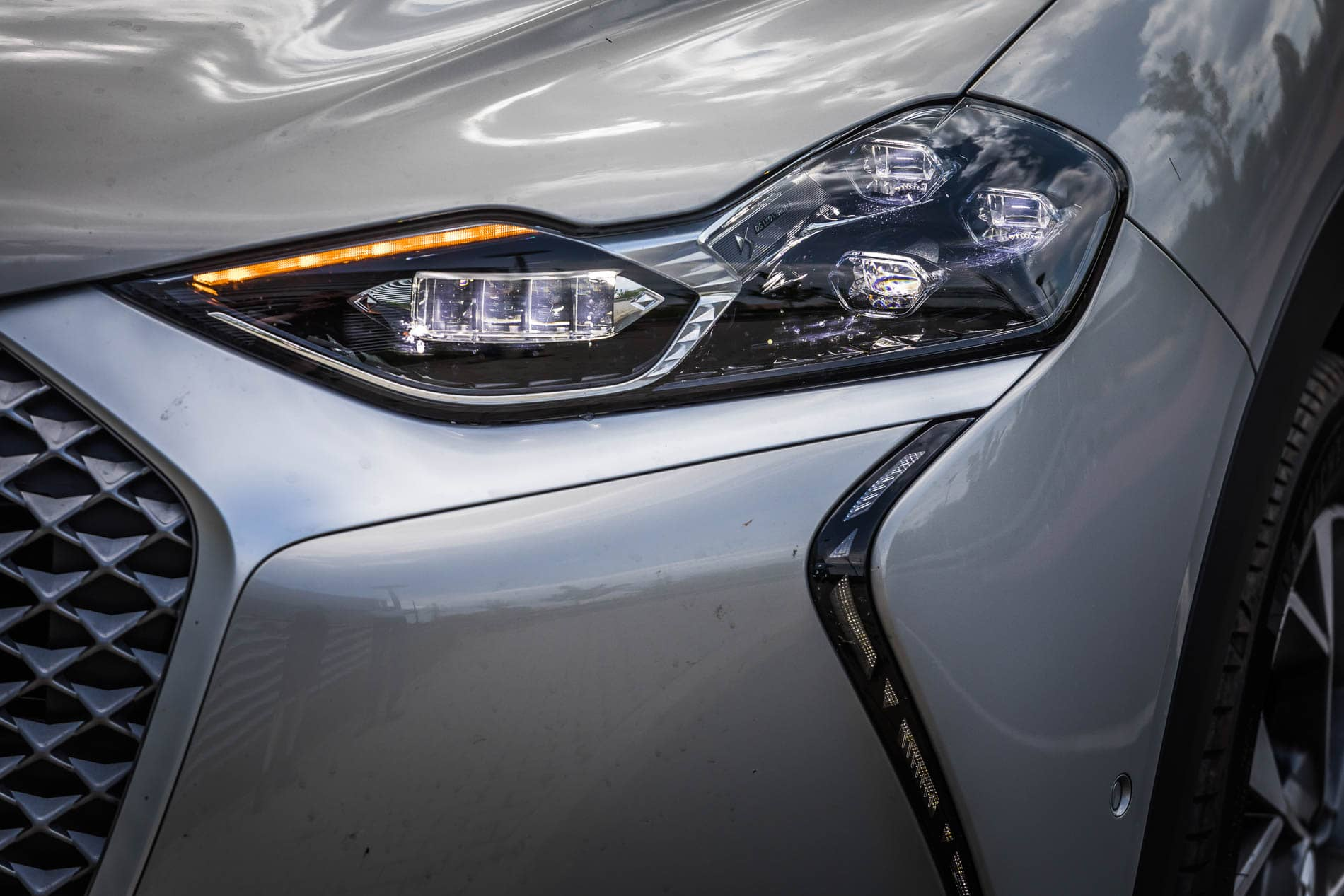 ds3 crossback e tense (6)