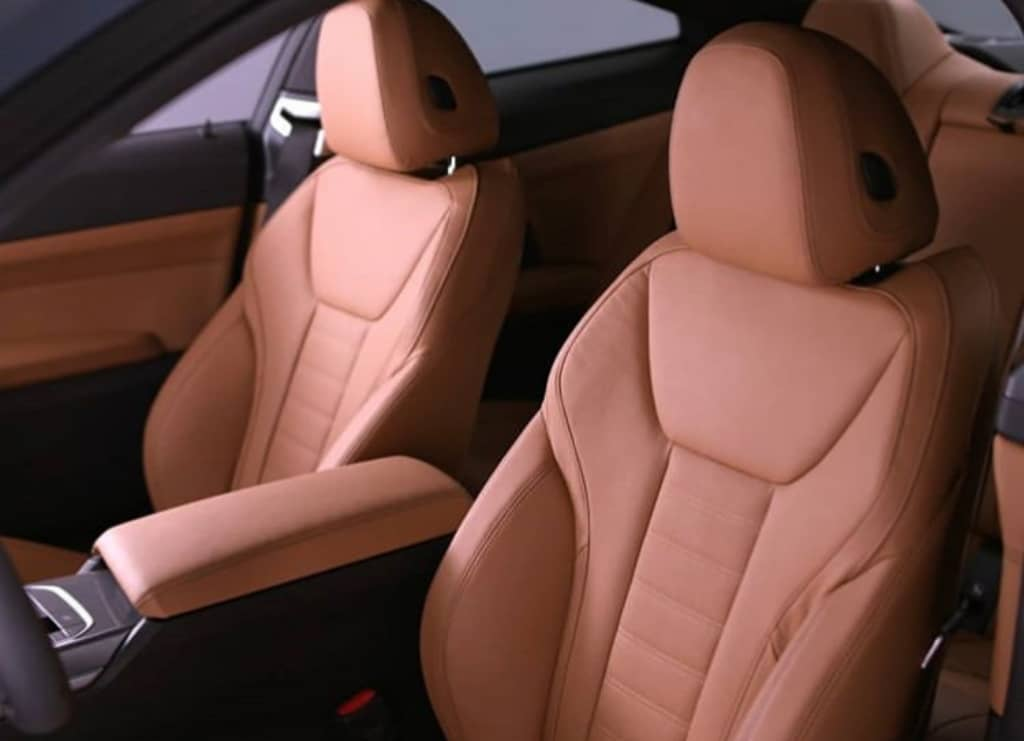 2021-BMW-4-Series-Coupe-interior-2