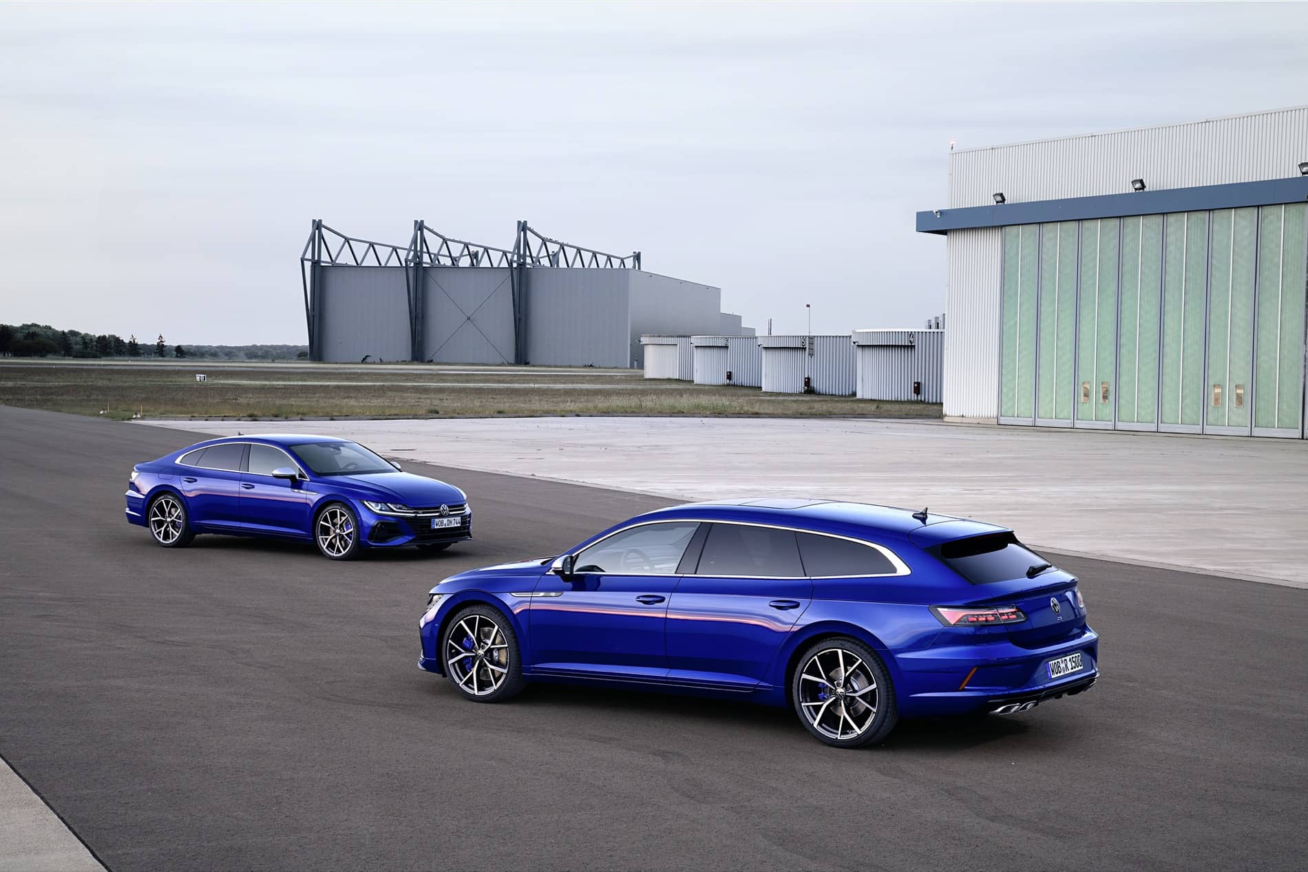 Volkswagen Arteon R and Arteon Shooting Brake R