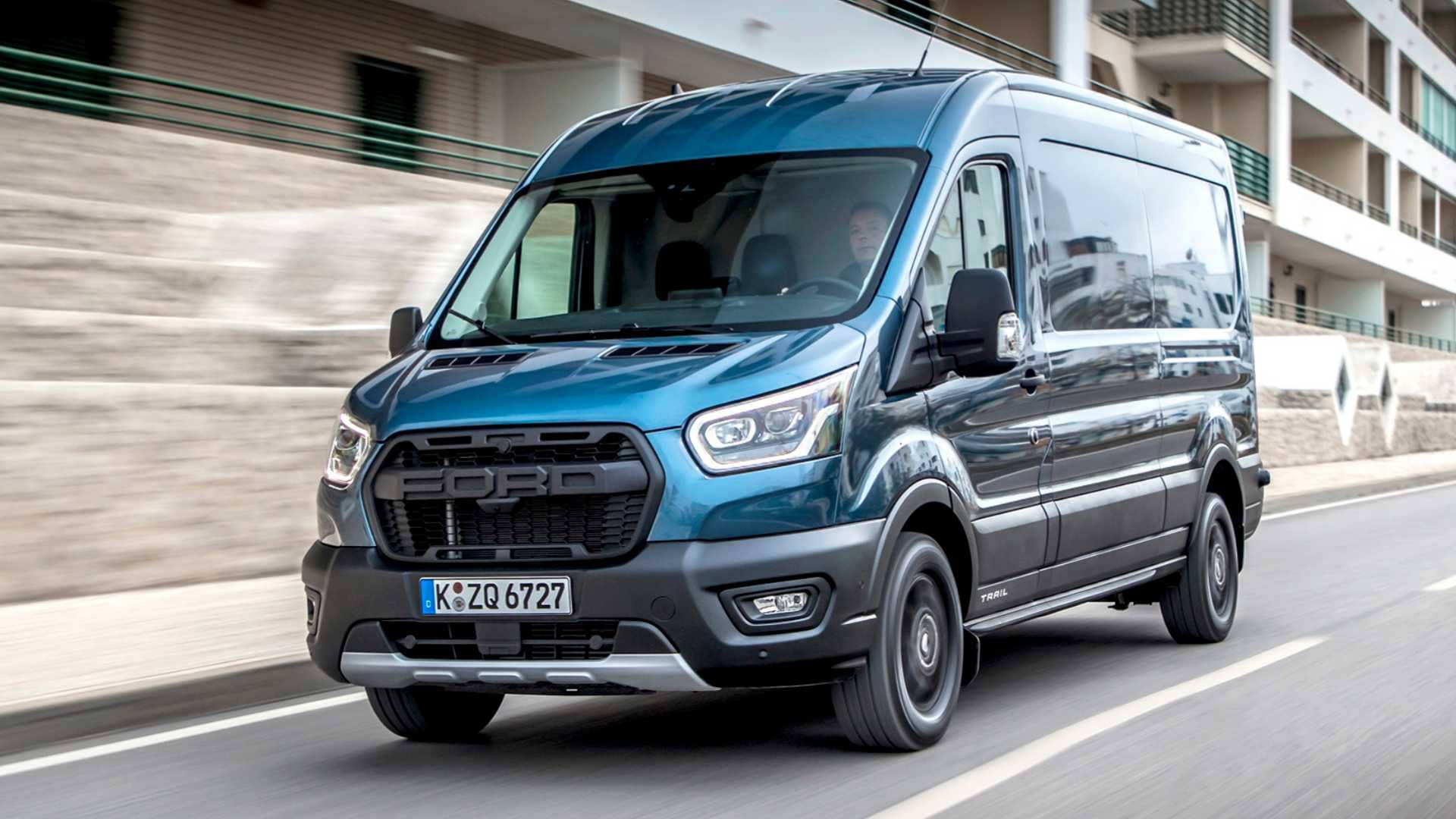 ford-transit-trailu