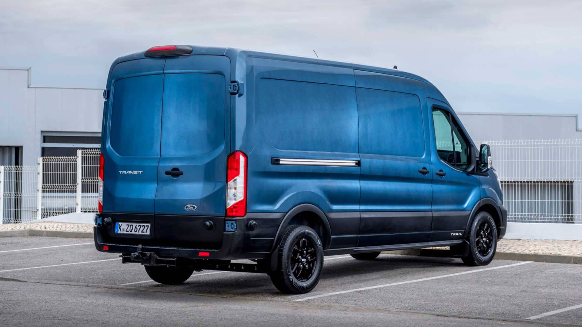 ford-transit-trailz