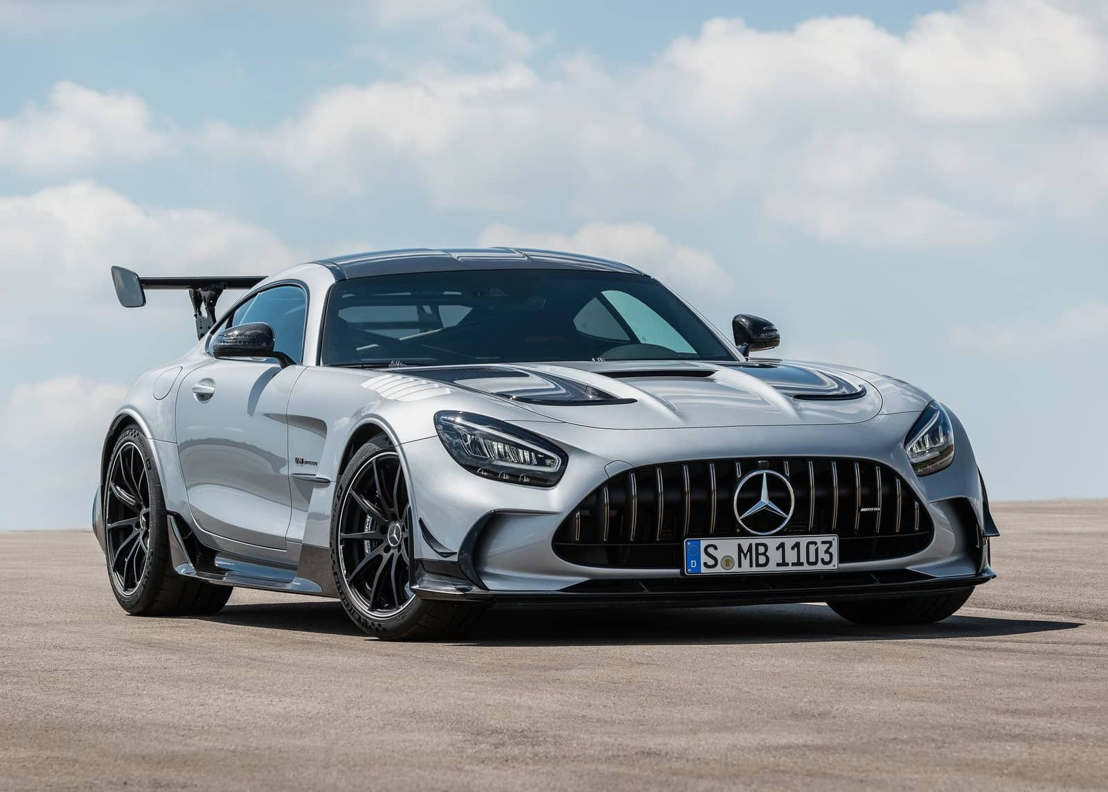 Mercedes-Benz-AMG_GT_Black_Series-2021-1600-02