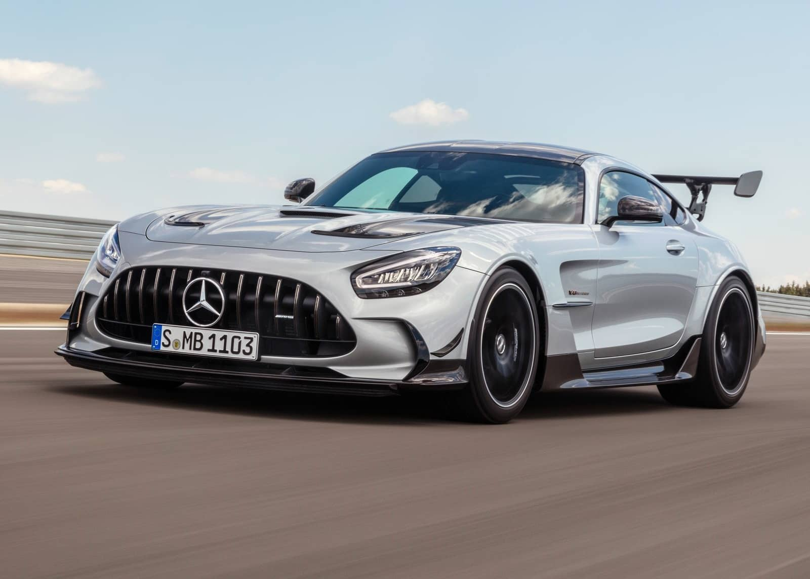 Mercedes-Benz-AMG_GT_Black_Series-2021-1600-0f