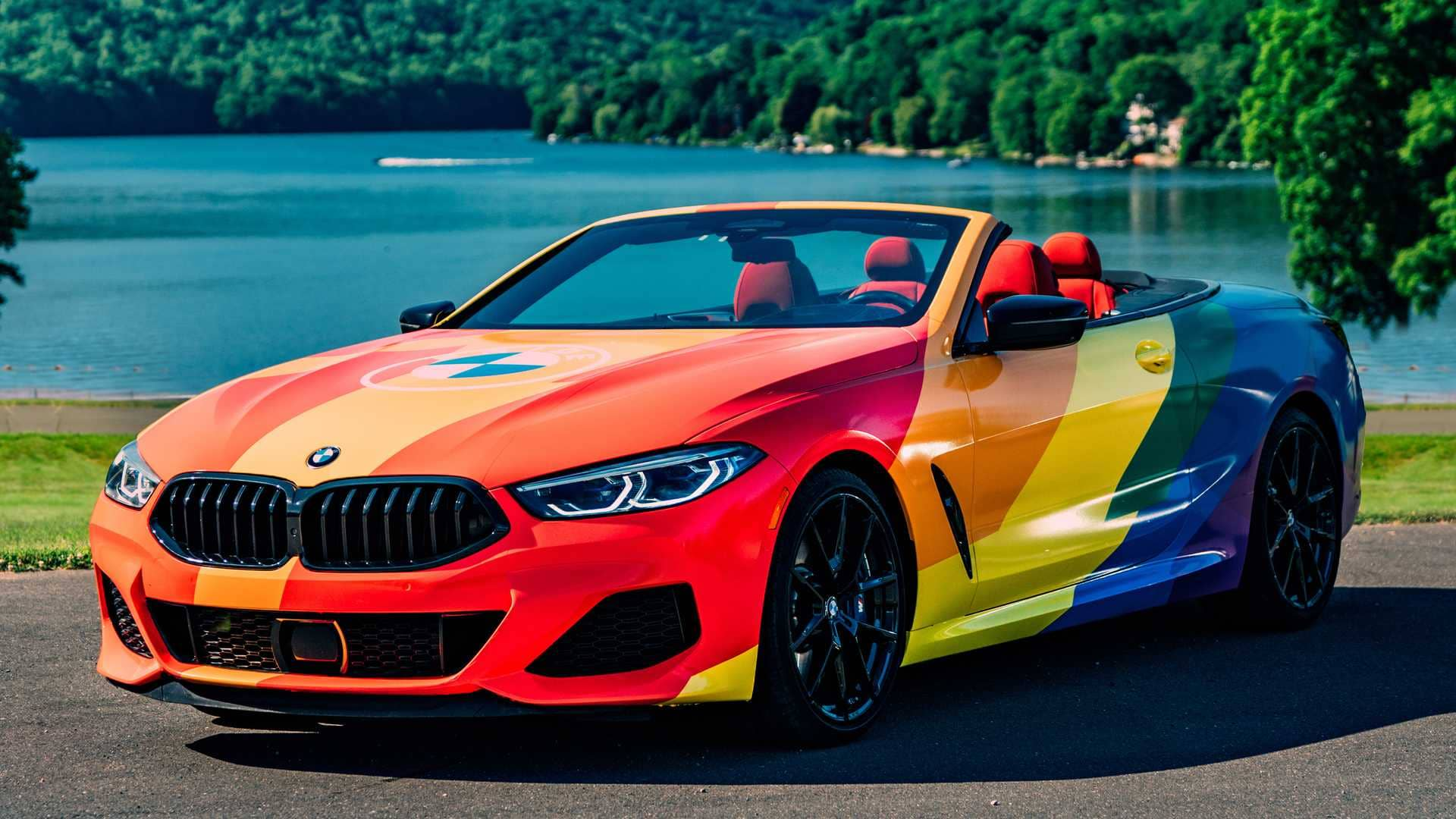 bmw-m850i-convertible-pride-wrap